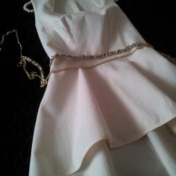 GODET corsage